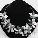 Wholesale Elegant Black Lip Shell Flower with White Freshwater Pearl Necklace