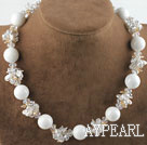 White Pearl Crystal and White Giant Clam halskjede