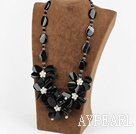 Wholesale noble 23.6 inches clear crystal white pearl black agate flower necklace