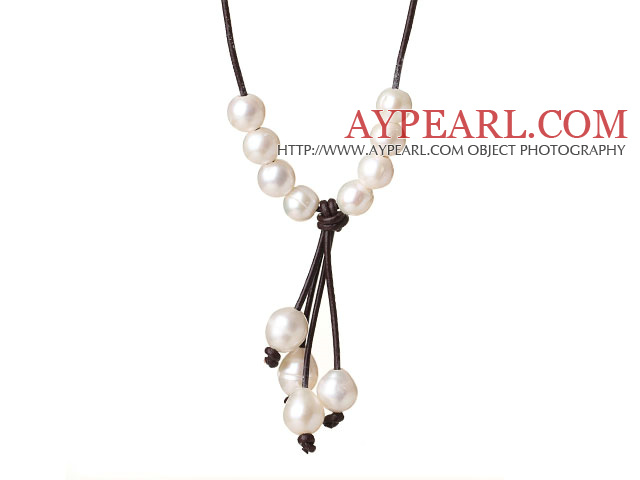 Fashion Simple Design 10-11mm White Freshwater Pearl Pendant Necklace with Dark Brown Leather