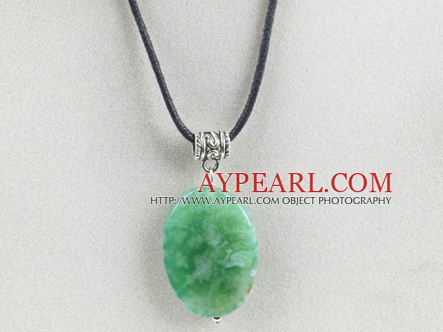 17.7 inches green agate necklace pendant with extendable chain
