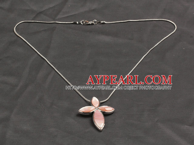Classic Design Pink Shell Cross Shape Pendant Necklace with Metal Chain