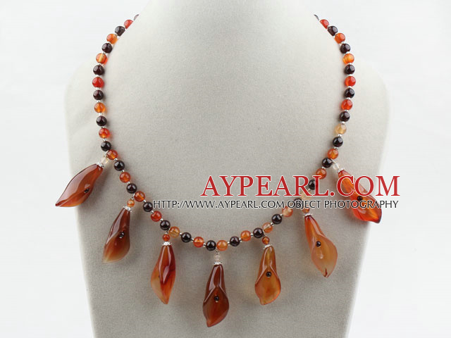 New Design Garnet and Agate Flower Necklace