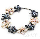 Wholesale New Design Black and White Shell Flower Necklace