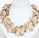 Wholesale New Design Milky Color Shell Flower Necklace