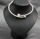 Trendy Elegant Natural White Ferskvann Pearl Seashell Perler Choker Necklace