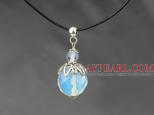 Design clasic Faceted Opal cristal pandantiv colier