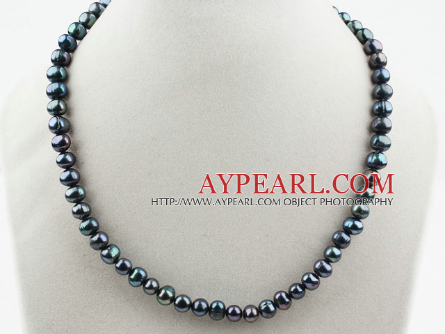 Single Strand 8-9mm Round Black Freshwater Pearl Beaded Necklace