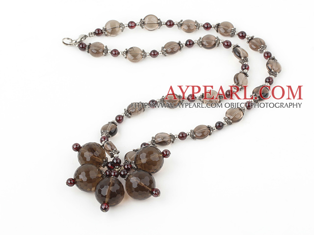 Nice Round Garnet And Multi Smoky Quartz Flower Pendant Necklace