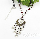 beautiful garnet heart charm necklace with extendable chain Magnifique collier de charme grenat coeur avec chaîne extensible