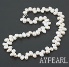 Wholesale 17.5 inches white pearl necklace with lobster clasp