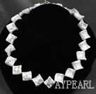 Wholesale 17.5 inches 20mm howlite necklace with toggle clasp