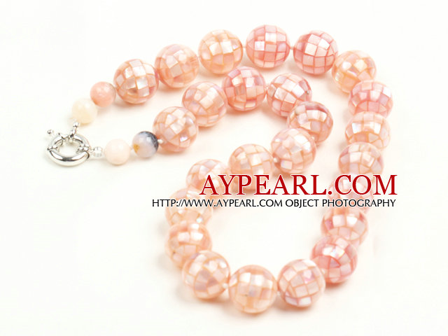 Beautiful Natural Pink Stitching Shell Necklace with Moonlight Clasp