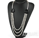 Wholesale fashion pearl and black agate necklace with moonlight clasp