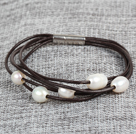 Simple Elegant 8-9mm Natural White Freshwater Pearl Leather bracelet