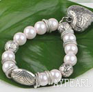 acrylic pearl bracelet