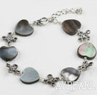 Wholesale Lovely Black Lip Shell And Metal Charm Bracelet With Extendable Chain