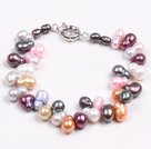 Fashion Multi Color naturlig ferskvann cucurbit Shape Pearl armbånd med Moonlight Clasp