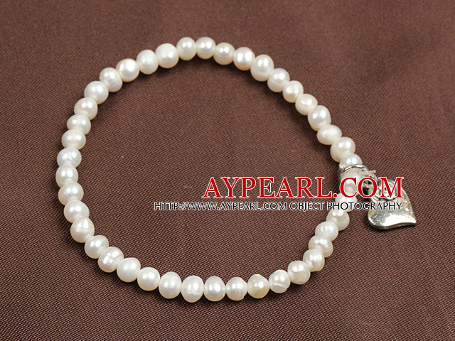 Simple Elegant Style 4-5Mm Natural White Freshwater Pearl Elastic/ Stretch Bracelet With Heart Charm