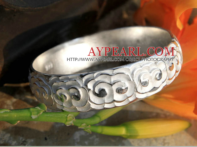 Bold Style Handmade 999 Sterling Silver Bangle Bracelet with Cloud Pattern