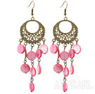 Wholesale Vintage Style Round Shape Accessory and Flat Round Peach Pink Shell Long Earrings