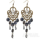 Vintage Style Heart Shape Accessory and Flat Round Black Shell Long Earrings