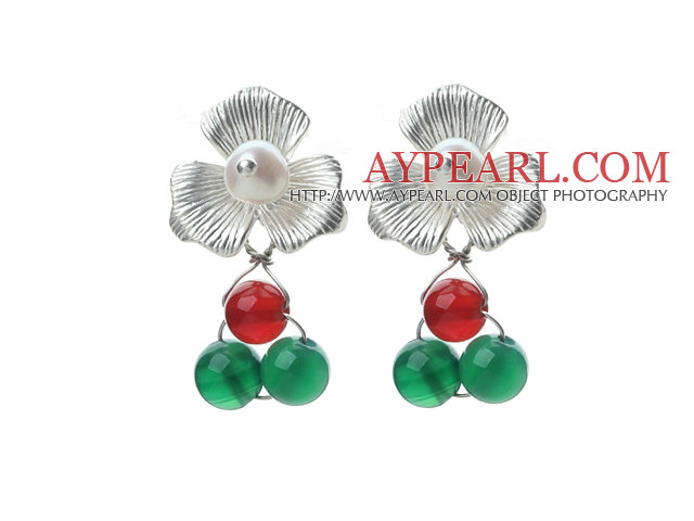 Fashion Style White Freshwater Pearl and Green Agate and Carnelian Stud Earrings