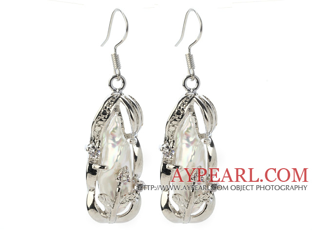 Classic Natural White Biwa Pearl Rhinestone Charm Dangle Earrings With Fish Hook