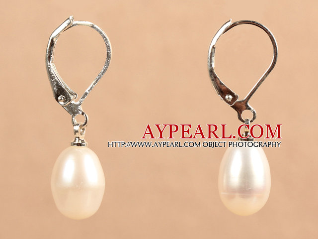 Popular Elegant Natural Drop Shape White Freshwater Pearl Earrings With Lever Back Hook