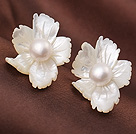 Fashion Cute Flower Shape Shell and White Pearl Studs Earrings