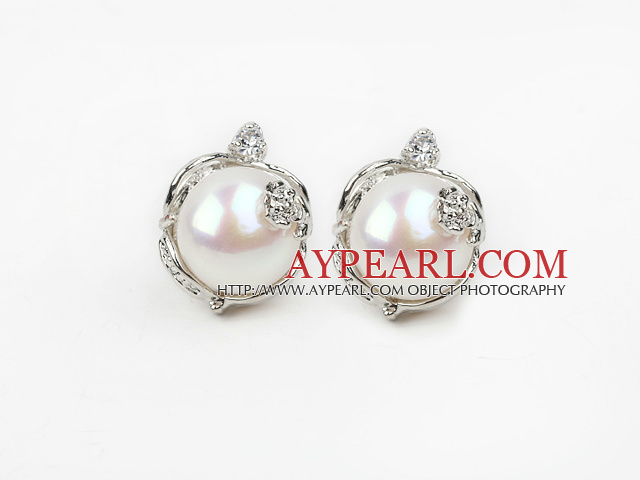 Fashion Style 11-12mm Natural White Freshwater Pearl Studs Earrings with Flower Shape Rhinestone Accessories