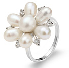 Beautiful Natural 5-6mm White Freshwater Pearl Flower Ring With Charming Rhinestone