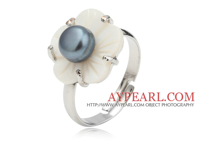 Nice Natural 5-6mm Black Freshwater Pearl And White Shell Flower Adjustable Ring
