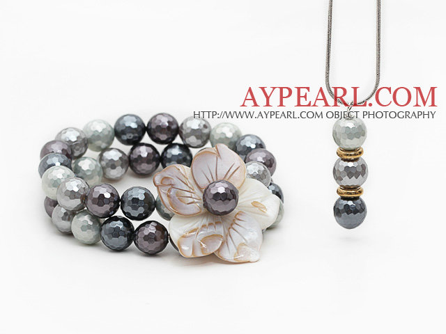 Gray and White Faceted Seashell and Shell Flower Set ( Pendant Necklace and Matched Bracelet )