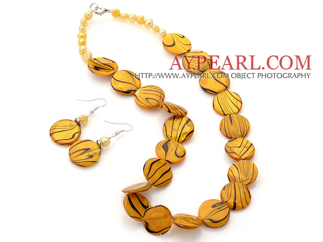 Fashion Yellow Series Freshwater Pearl And Round Disc Painted Shell Sets (Necklace With Matched Earrings)