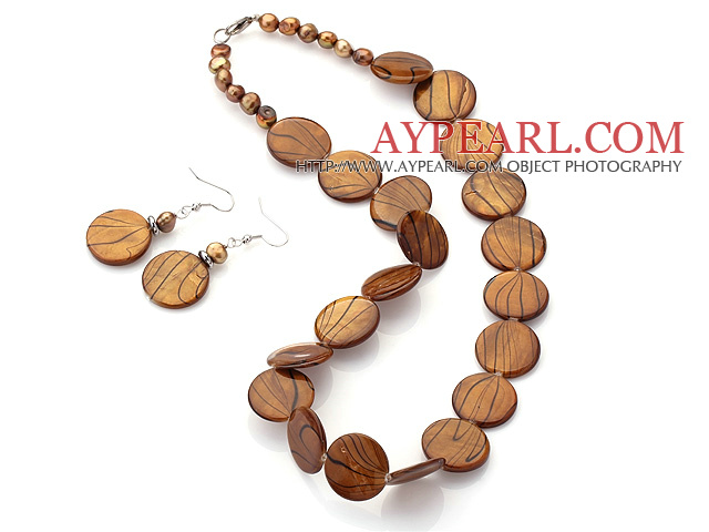 Fashion Brown Series Freshwater Pearl And Round Disc Painted Shell Sets (Necklace With Matched Earrings)