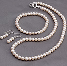 Fashion 5-6mm Natural White Freshater Pearl Beaded Sets (Necklace And Elastic Bracelet With Matched Earrings)