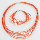 10-11mm Lila Süßwasser-Zuchtperlen und orange Lederketten-Armband-Set