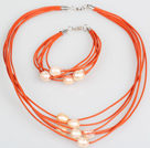 10-11mm rosa Süßwasser-Zuchtperlen und orange Lederketten-Armband-Set