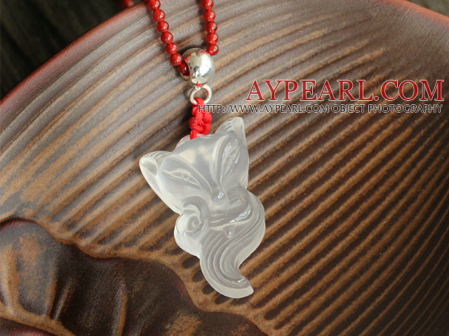 Beautiful Fox Shape White Crystal Pendant And Red Agate Beaded Necklace