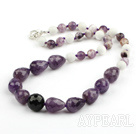 Fasetterte Amethyst and White Sea Shell og Black Agate kjede