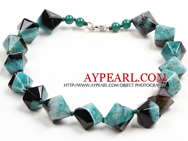 Classic Design Green Black Solid Cutting Crystallized Agate Necklace