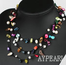 Longue Style de multiples couleurs assorties dents Forme collier de perles