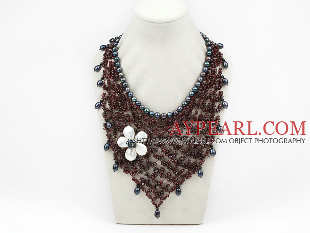 Elegant and Big Style Garnet and Black Pearl and White Shell Flower Party Bib Necklace