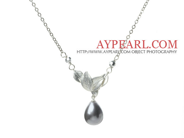 Classic Design Dark Gray Color Drop Shape Seashell Pendant Necklace with Metal Leaves and Metal Chain1.jpg