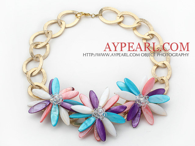 2013 Summer New Design Multi Color Shell Flower Necklace with Golden Color Metal Chain