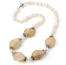 Fashion Natural 6-7mm White Freshwater Pearl And Irregular Agate Necklace