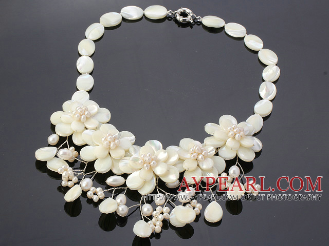 Elegant Layer White Lip Shell And Pearl Flower Wired Crochet Party Necklace