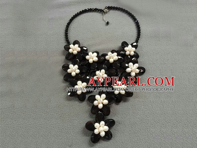 Beautiful Multi Freshwater Pearl Crystal And Shell Flower Wired Crochet Party Necklace
