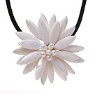 Classic Natural White Series Freshwater Pearl Shell Flower Party Necklace With Black Leather